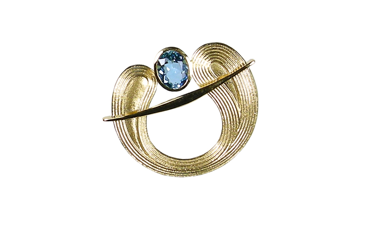 00450-brooch, gold 750 with aquamarin