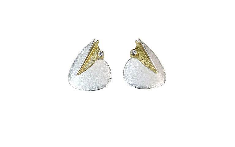 15377-earrings, silver 925 and gold 750, 2 brilliants, si w 0,08ct
