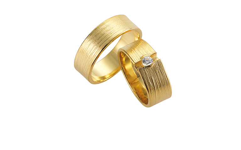 02240+02297--wedding rings, gold 750 wit a brillant