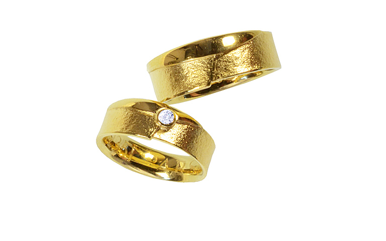 02351+02352-wedding rings, gold 750 with brillant